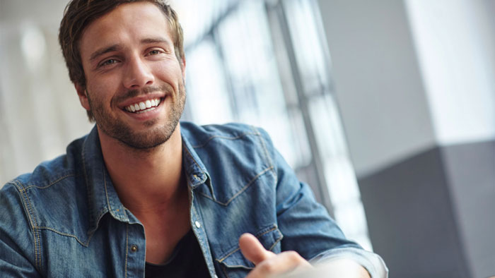 Causes of male hair loss and solutions for thinning hair in men.